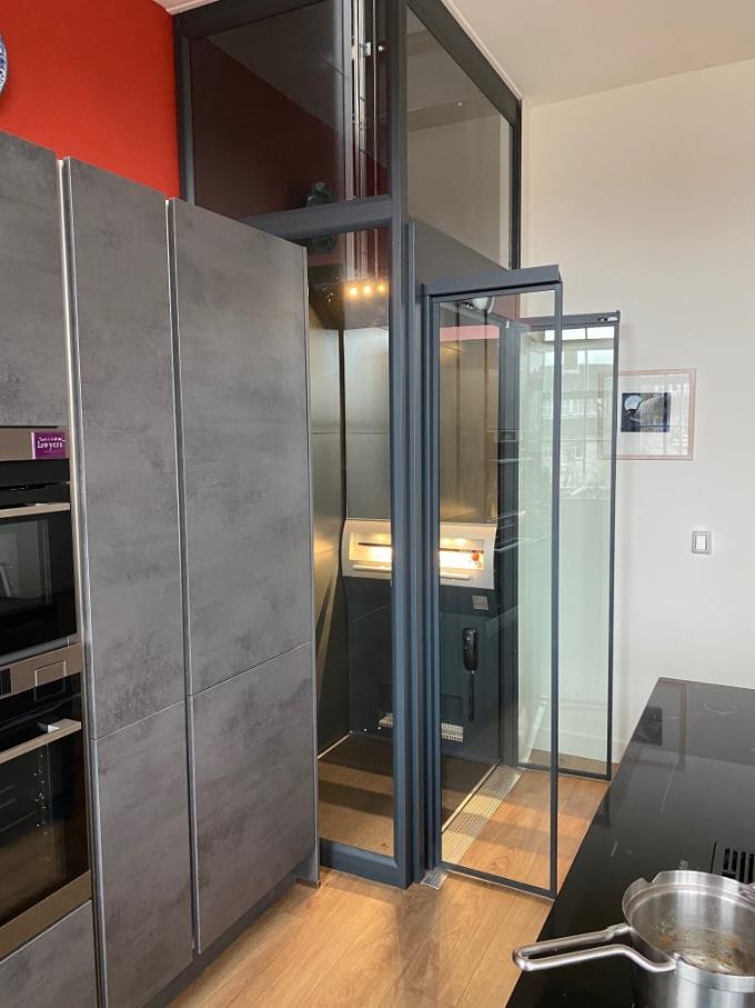 Keuken met huislift A-4000